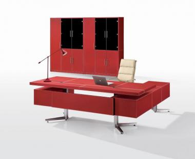 Exec.L-shaped office deks in leather-220 Cms